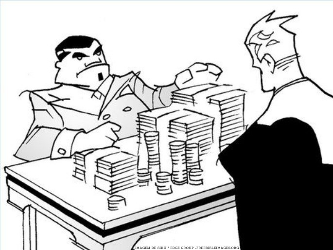imagem dois homens e uma mesa cheia de dinheiro - credor sem compaixão