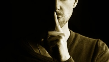 O silêncio de Deus na Bíblia. Por que Deus se cala?