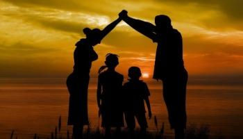 O que é o sacerdócio no lar? O marido é o sacerdote da família?